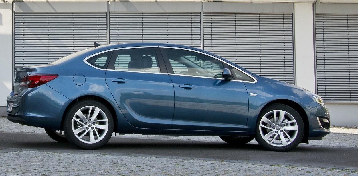 Opel 2013