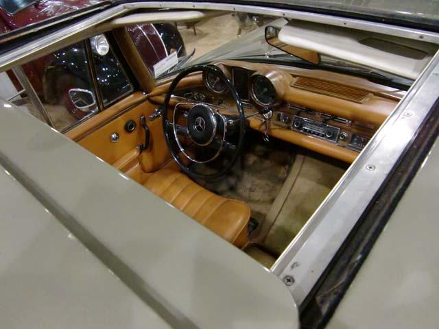 люк в крыше Mercedes 280 SEV W111