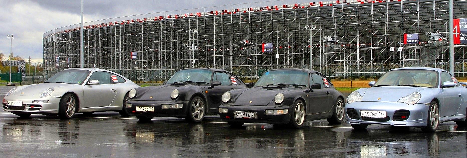 Porsche 911 на треке Moscow Raceway