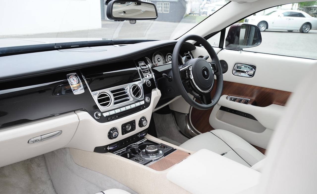 Rolls-Royce Wraith салон