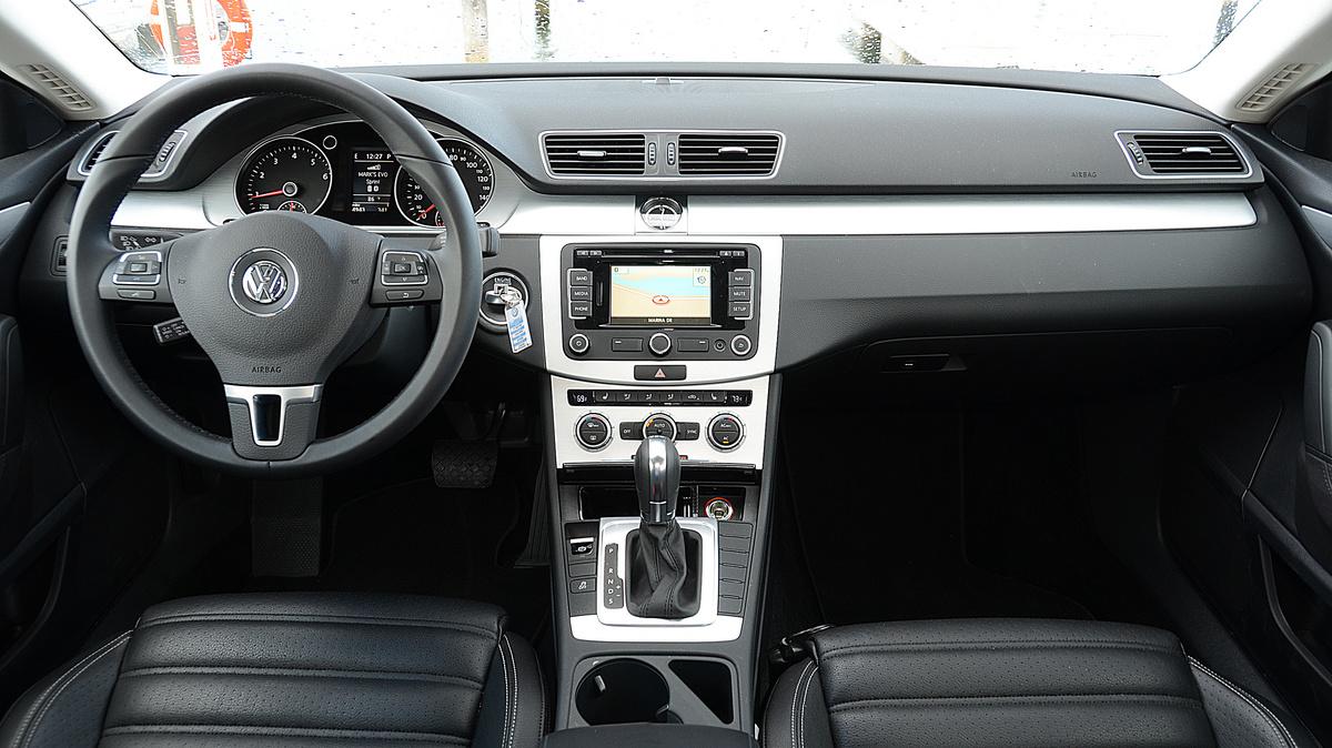 Volkswagen CC 2014 салон и приборы