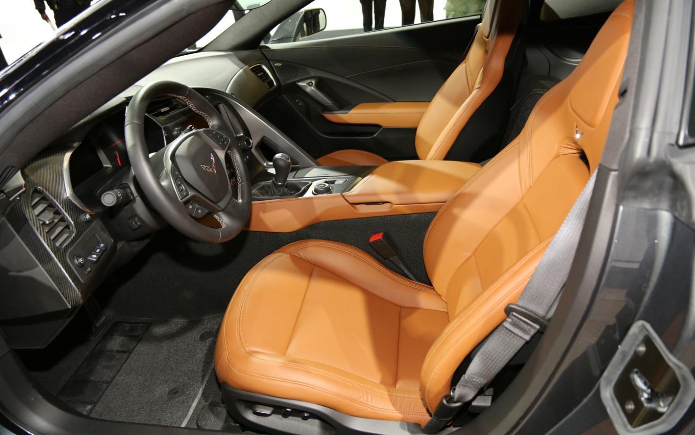 Chevrolet Corvette C7 салон