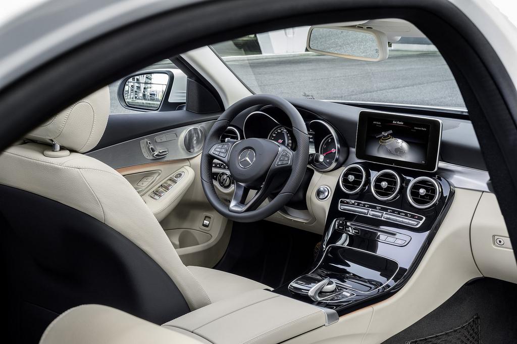 Mercedes-Benz C-class W205 салон