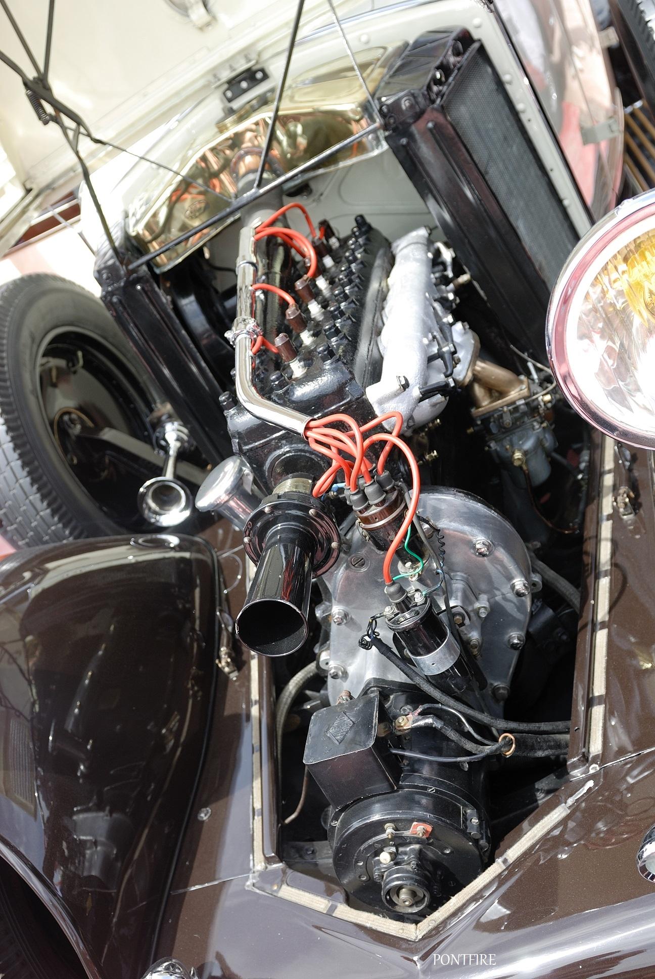 мотор Renault Vivastella