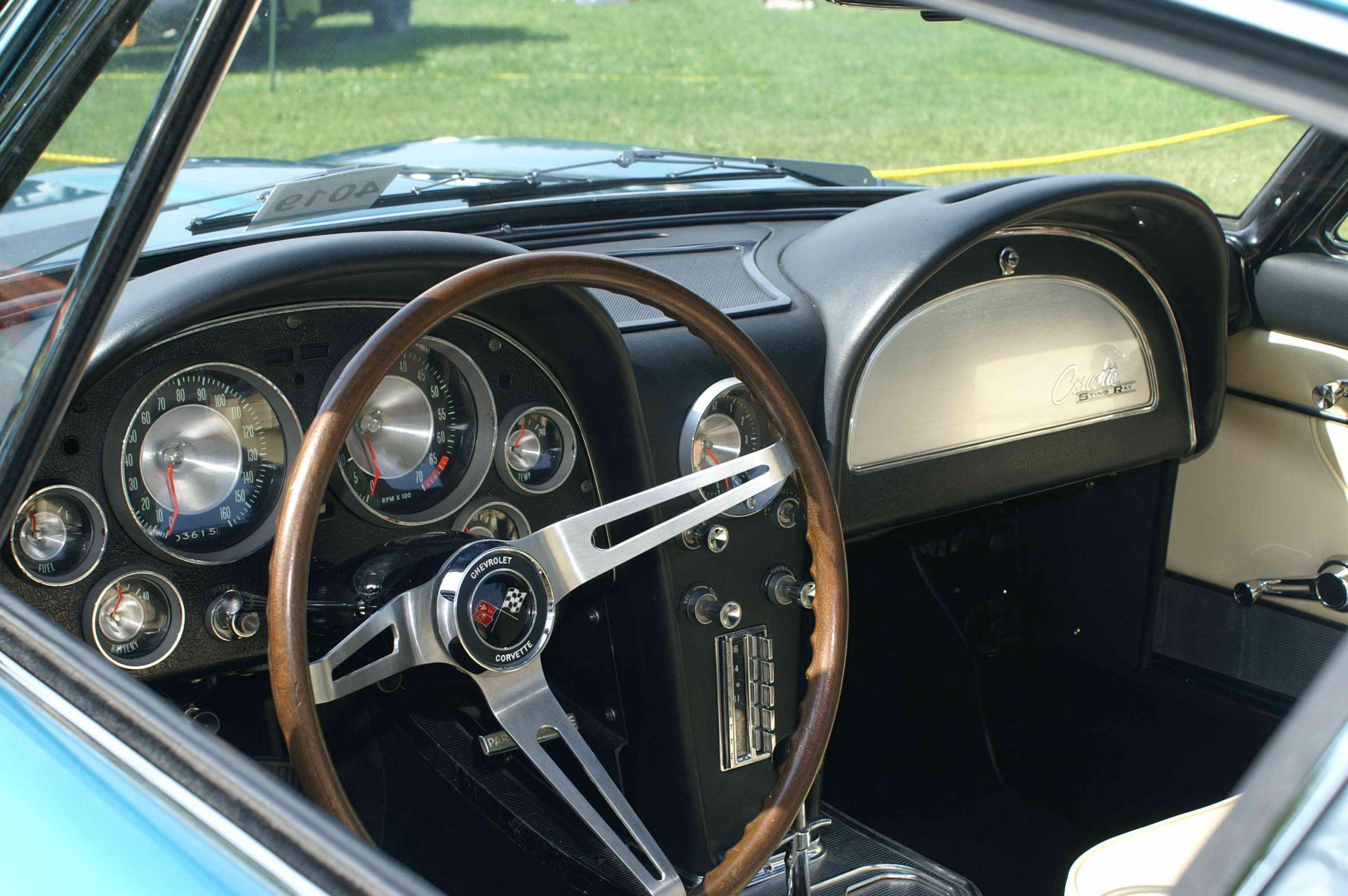 передняя панель Corvette Rondine от ателье Pininfarina