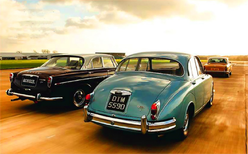 Rolls-Royce Silver Shadow vs Rover 3.5 Litre Coupe and Daimler V8-25