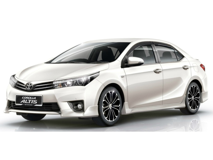 Toyota Corolla Altis launched - 2014