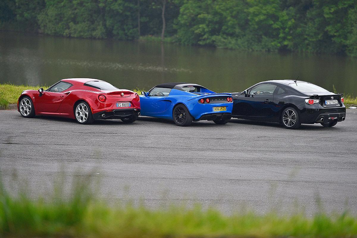 Alfa Romeo 4C против Lotus Elise и Toyota GT 86
