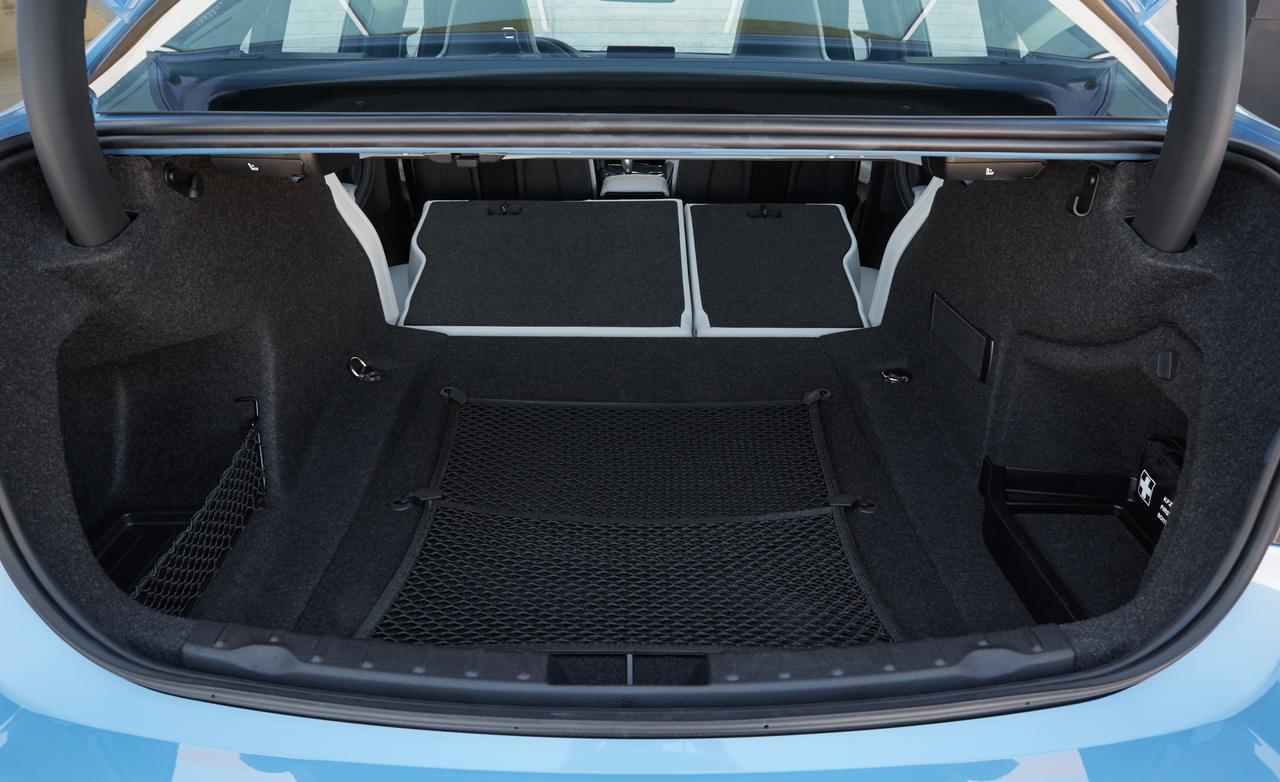 багажник BMW M3 F30