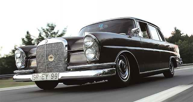 Mercedes-Benz 220Sb W111 Fintail