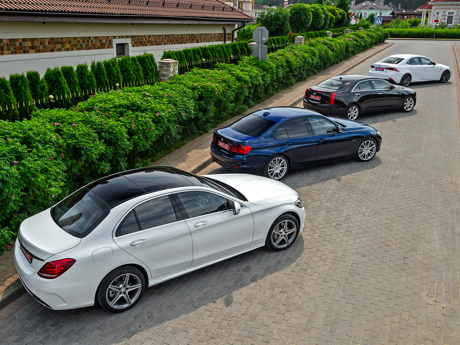 Group road test - Lexus IS 250 F Sport vs new Mercedes C 180 W205 and BMW 320i F30, Cadillac ATS