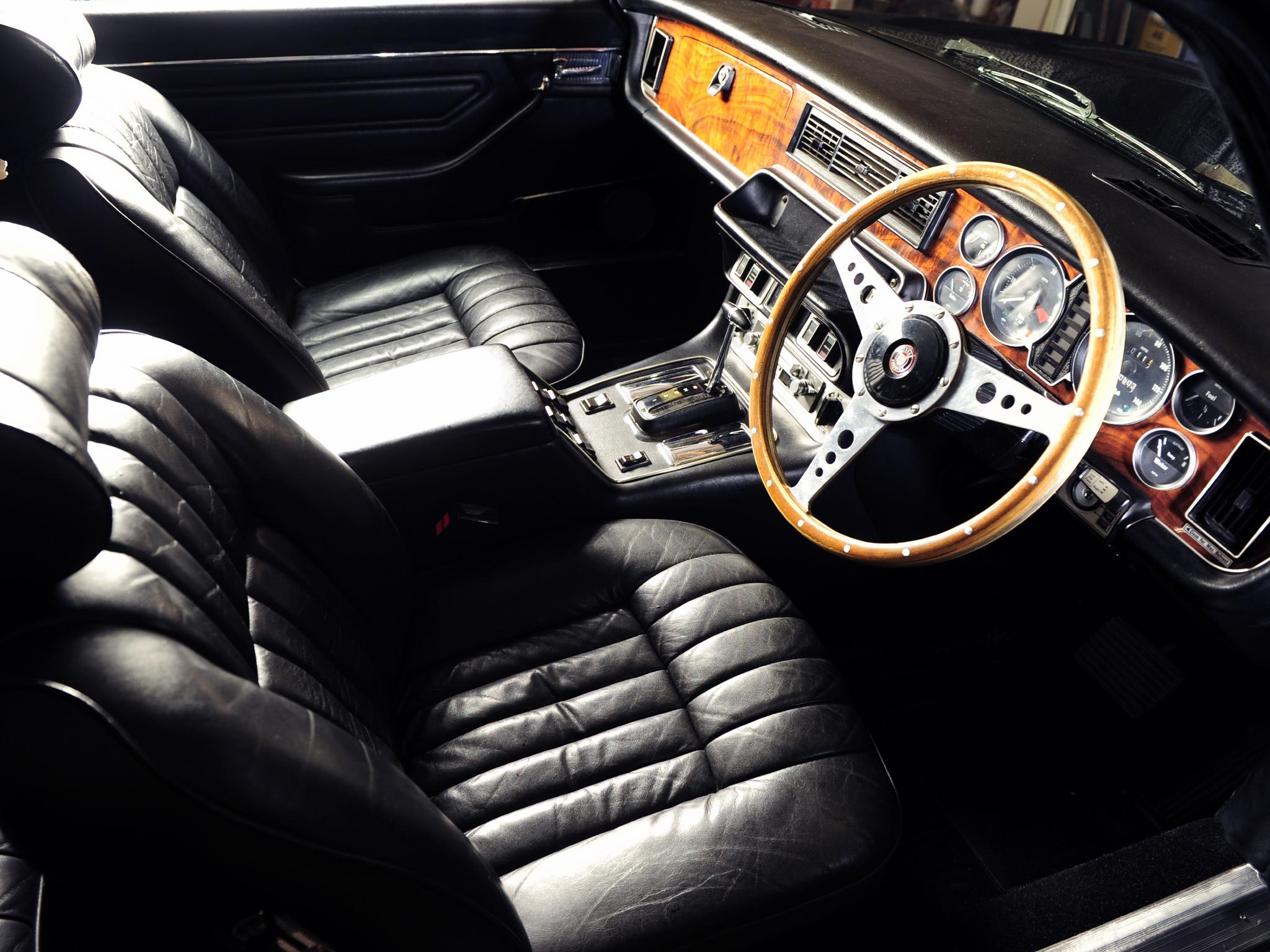 Jaguar XJ12C test-drive