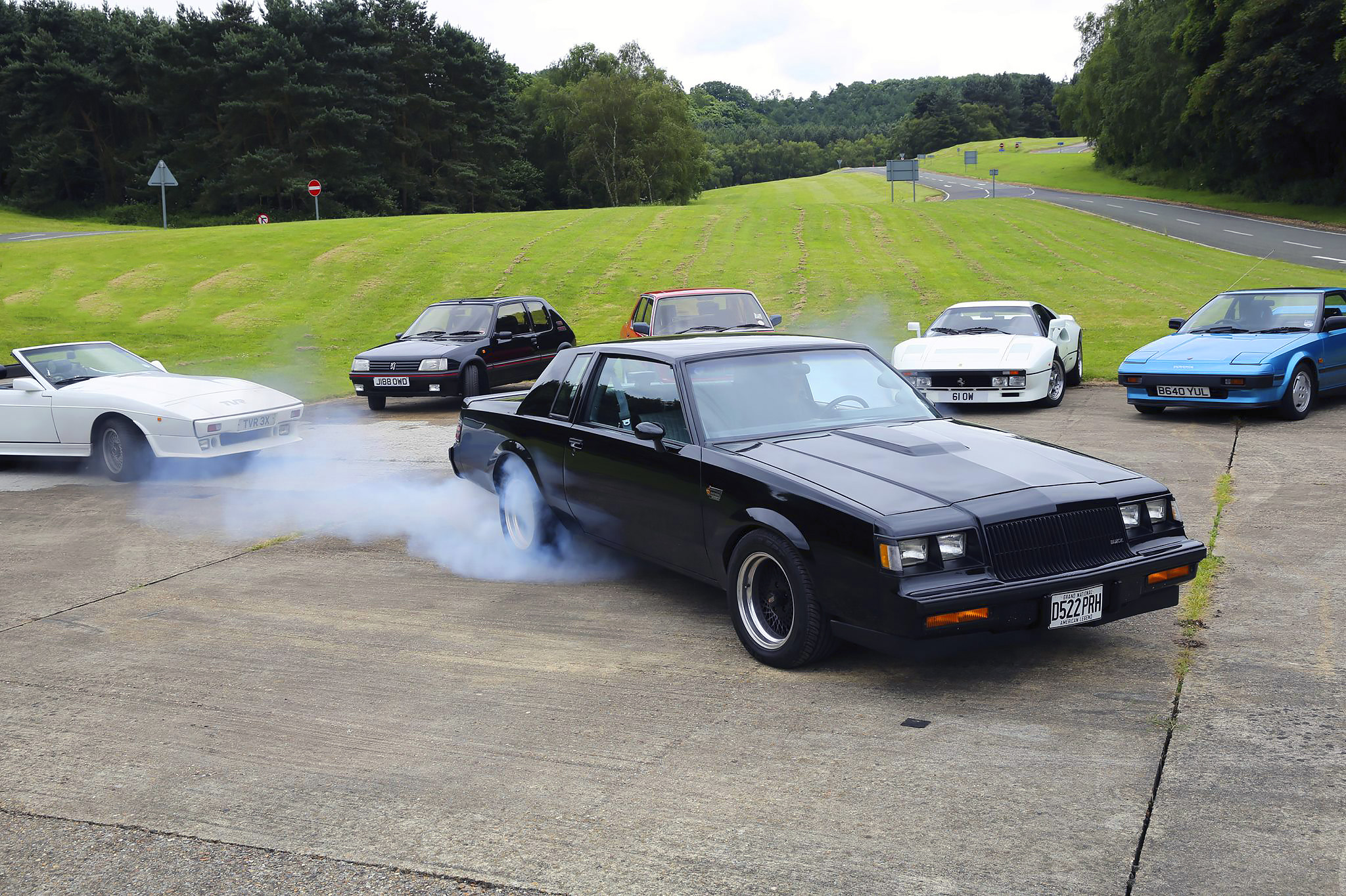 Giant Test - Ferrari 288 GTO, Toyota MR2, Peugeot 205 GTi, TVR 390SE, BMW M535i E28 and Buick Grand National Turbo