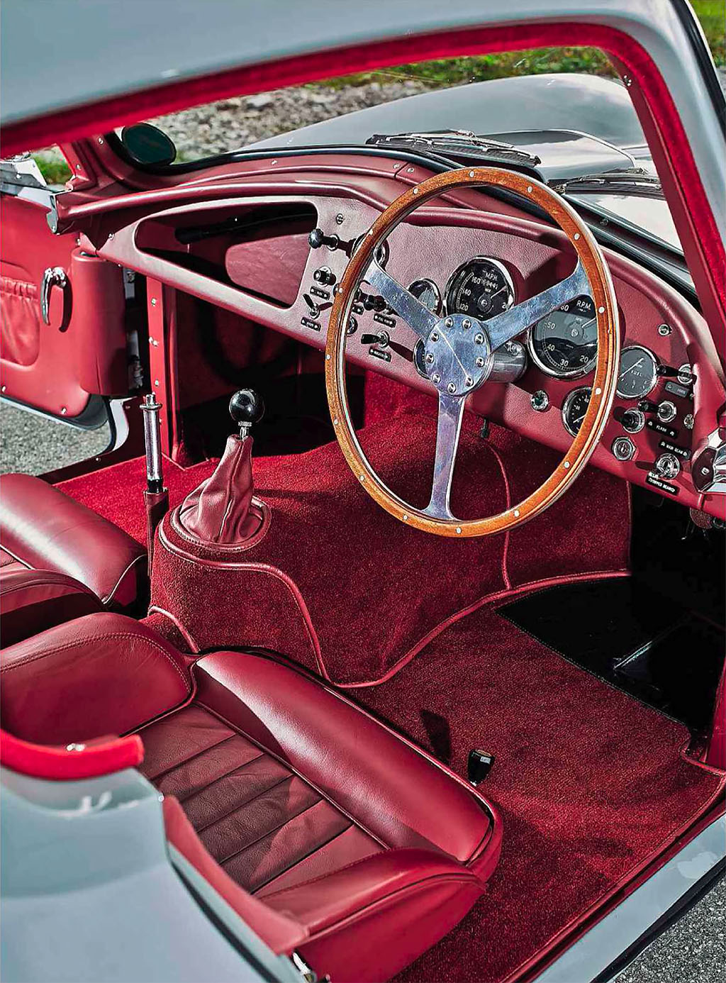 Aston Martin DB3S Coupe - interior