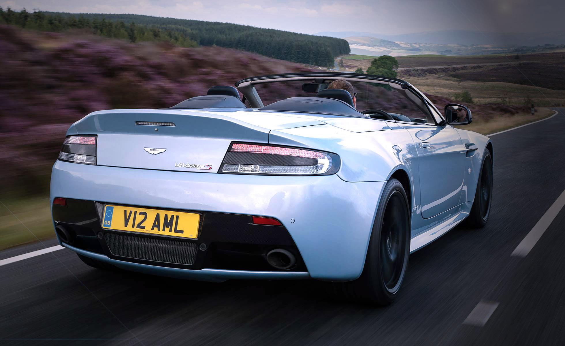2015 - Aston Martin V12 Vantage S Roadster