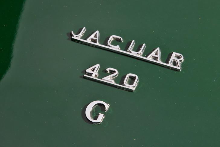 1962 Jaguar MkX / 420G road-test
