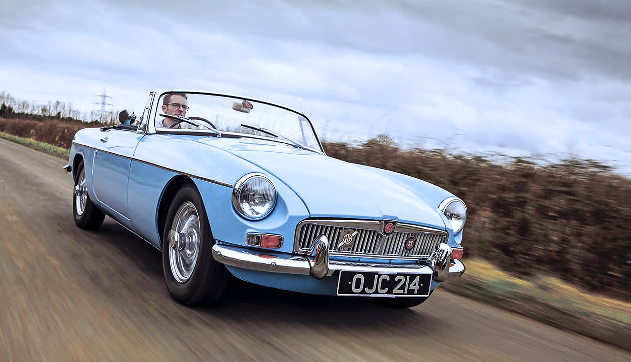 1964 MGB road test - front