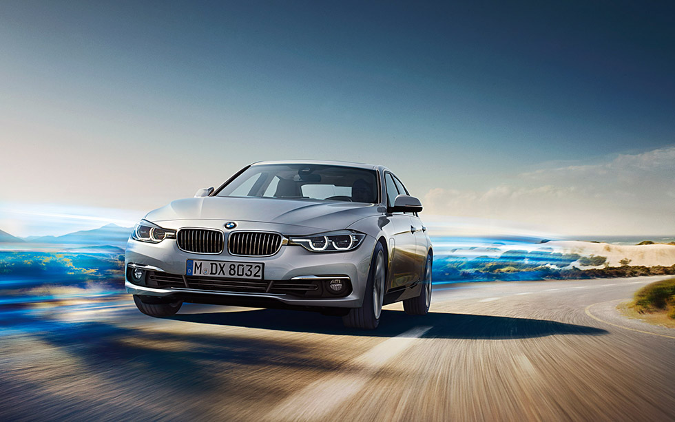 2015 Face-lifted BMW 3 Series F30 breaks cover
