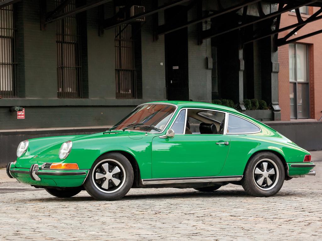 Porsche 911S 2.2 Coupe