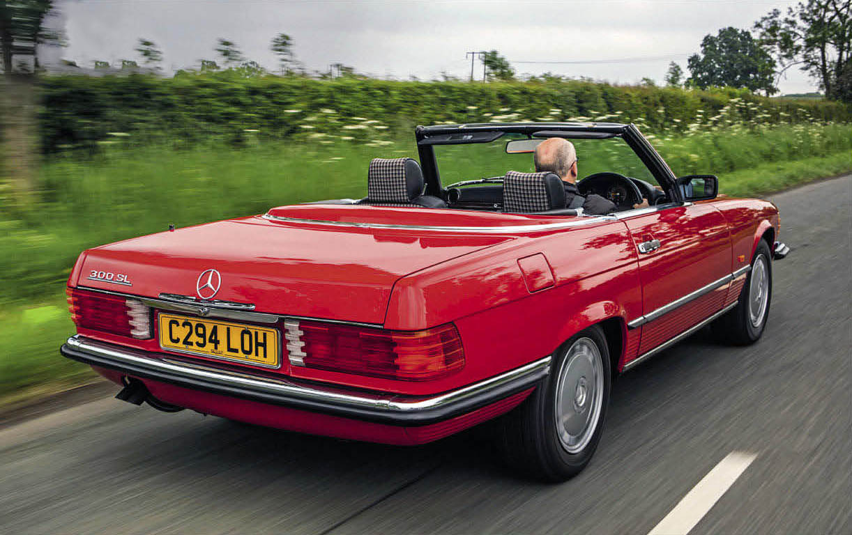 Mercedes-Benz 300SL R107 road test