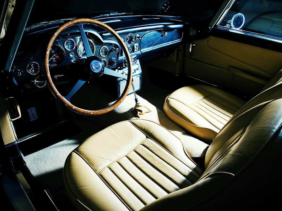 1964 Aston Martin DB5 – road test - interior front seats and dashboard