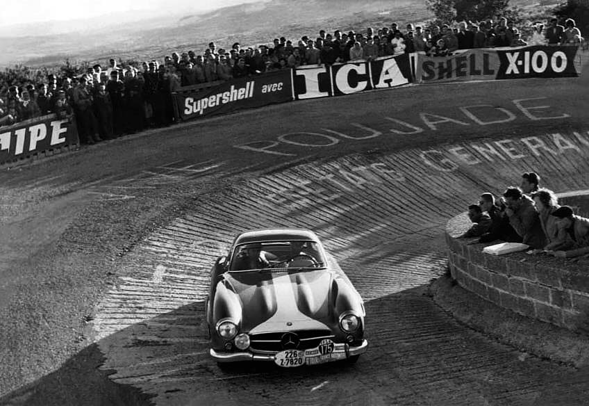 Above: not even Stirling Moss – here tackling Mont Ventoux – could prevent a Ferrari 1-2-3 in 1957 (see panel). Right: Bob Bondurant waits for the start of the circuit race at Reims in his Shelby Daytona Coupe, 1964.