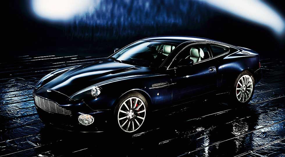 2003 Aston-Martin-Vanquish