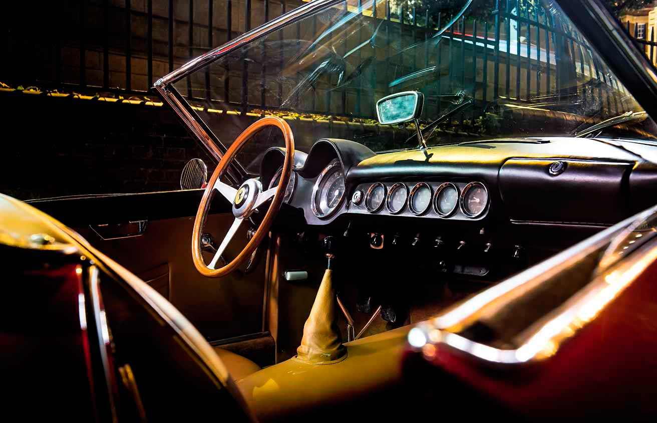 1961 Ferrari 250 GT California Spyder interior