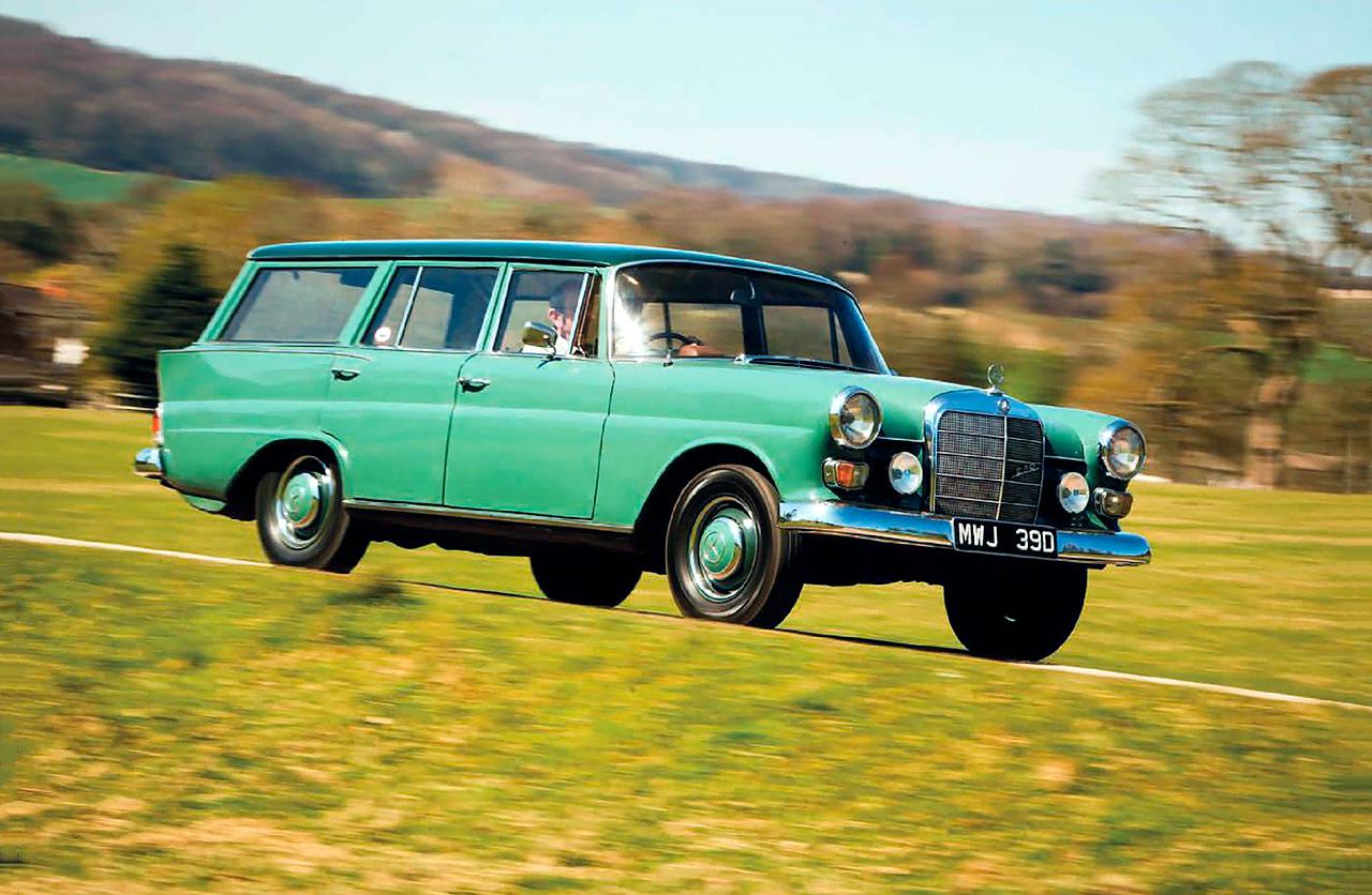 1965 Mercedes-Benz 230 Universal W110