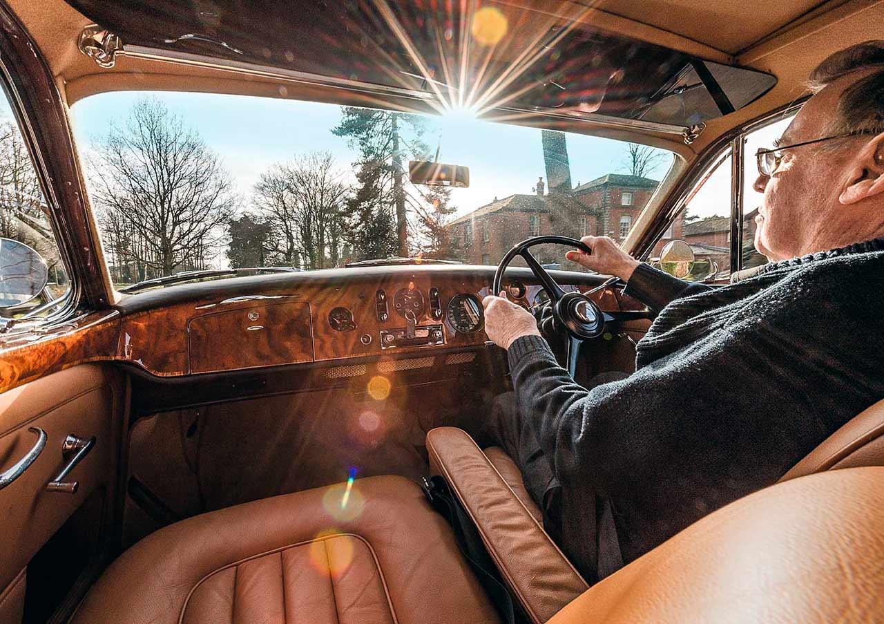 1961 Bentley S2 Flying-Spur road test
