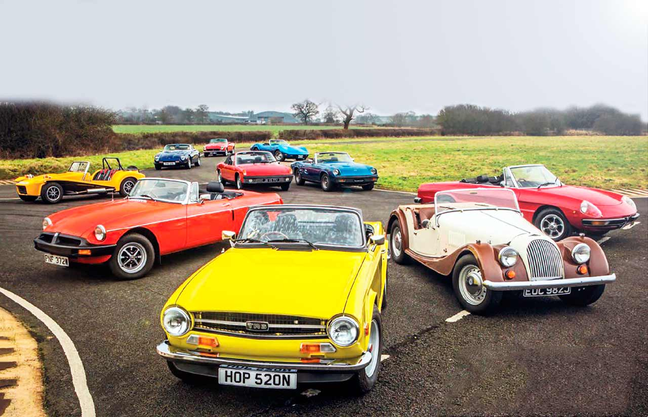 Alfa Romeo Spider vs. Triumph TR6, Chevrolet Corvette C3, Lotus Seven S4, MGB, VW Porsche 914-4, Fiat 124 Spider, Morgan 4/4, TVR 3000S, Jensen-Healey