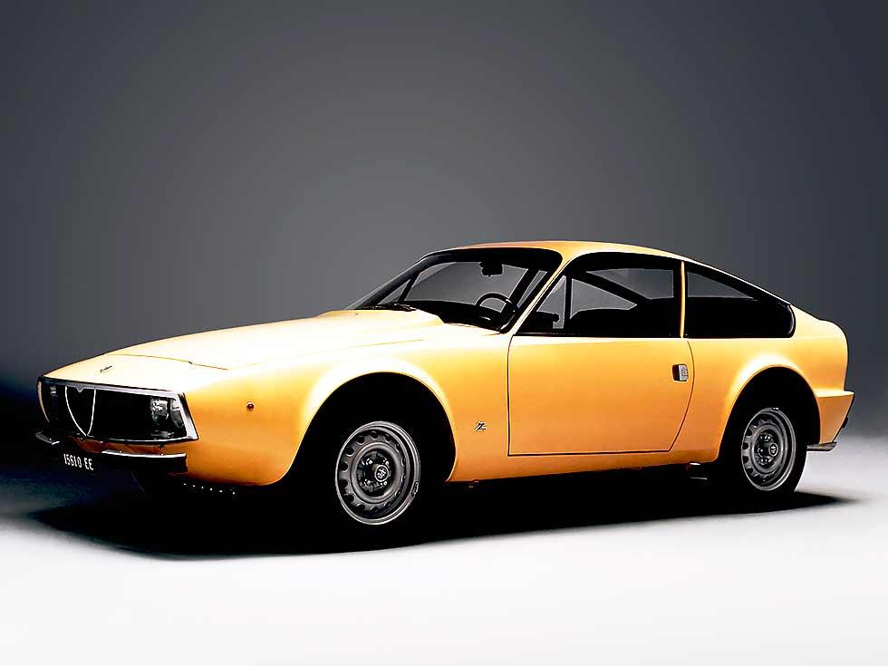 Alfa Romeo GT 1300 Junior Z (105) 1969-1972 design by Zagato