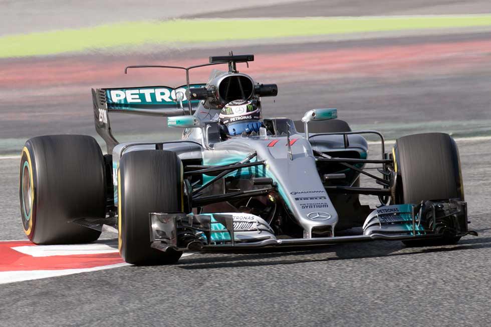 Mercedes: Valterri Bottas in the Mercedes F1 W08 EQ Power+
