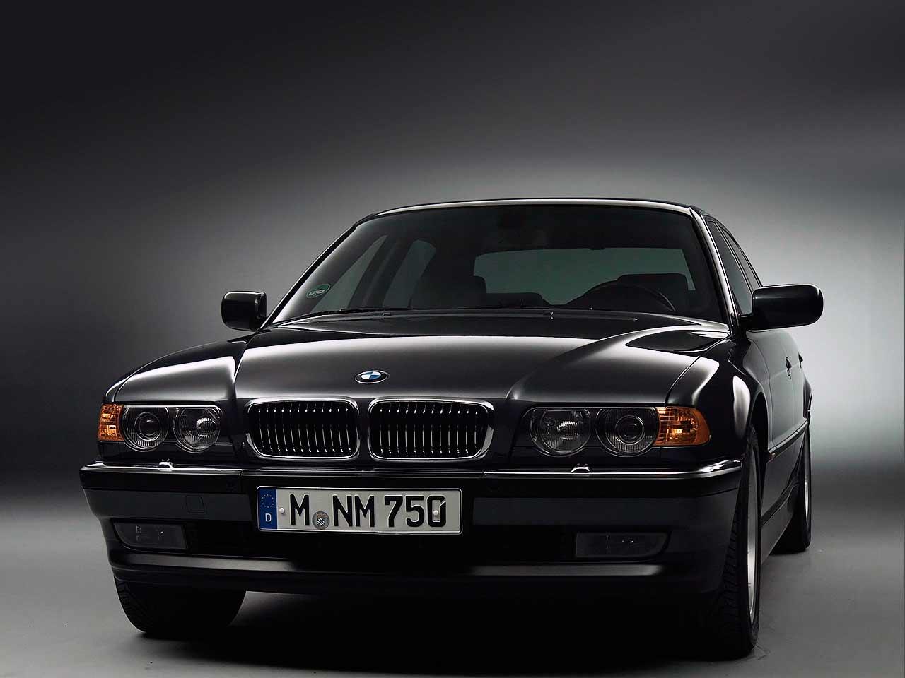 1999 BMW 750iL E38 facelift