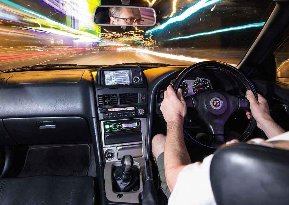 Nissan Skyline GT-R V-spec R34 interior