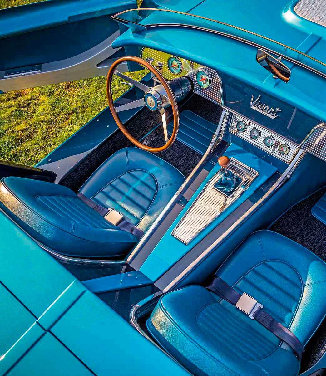 images_2018-USA_1965-Pontiac-Vivant-2.jpg