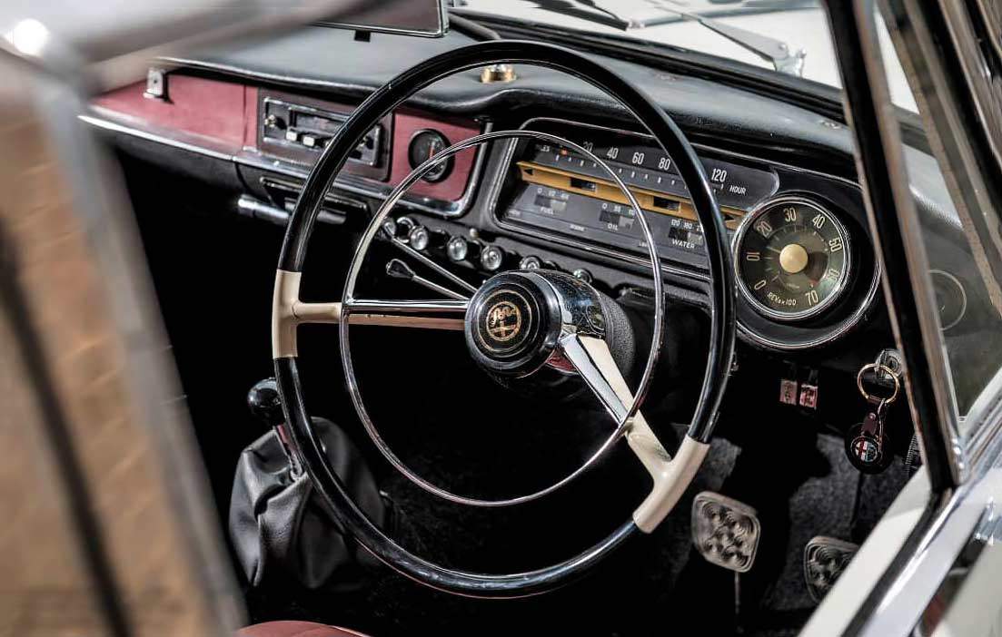 1964 Alfa Romeo 2600 Berlina Tipo 106