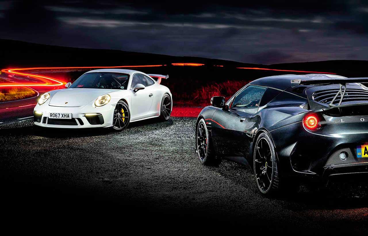 Porsche 911 GT3 991.2 versus Lotus Evora GT430