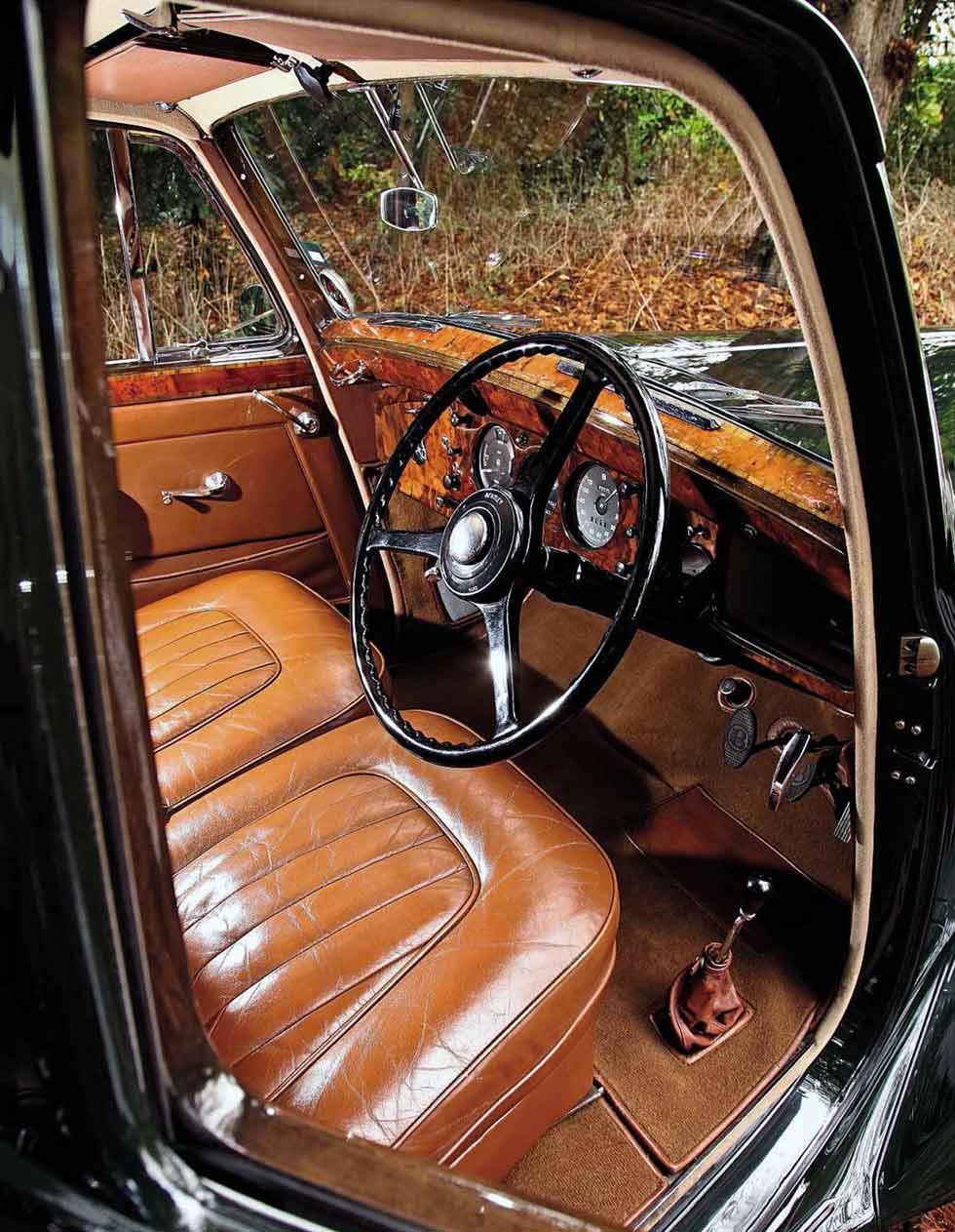 1953 Bentley R-Type Sports Saloon interior