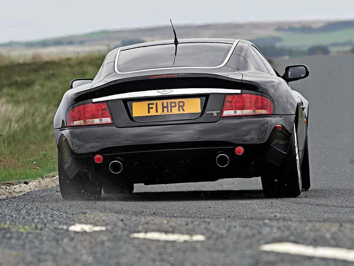 2006 Aston Martin Vanquish S road test