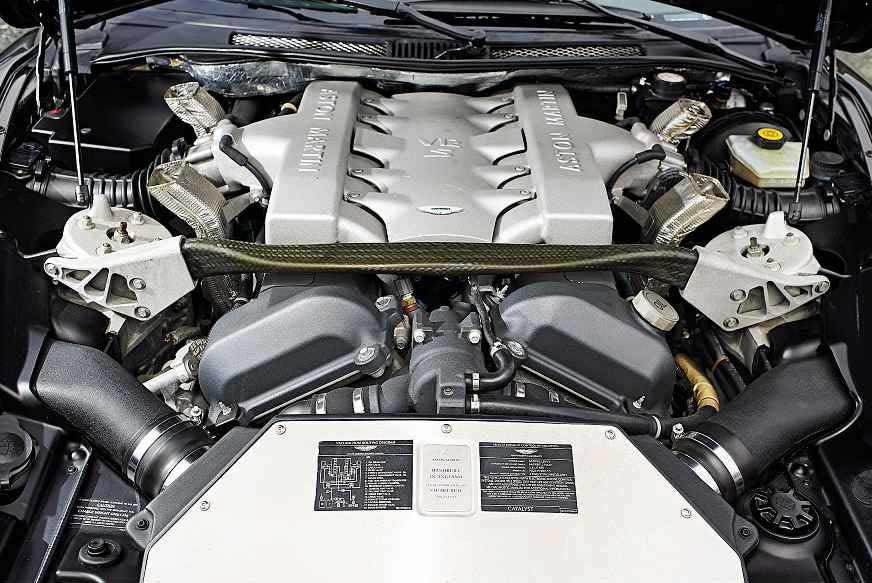 2006 Aston Martin Vanquish S engine