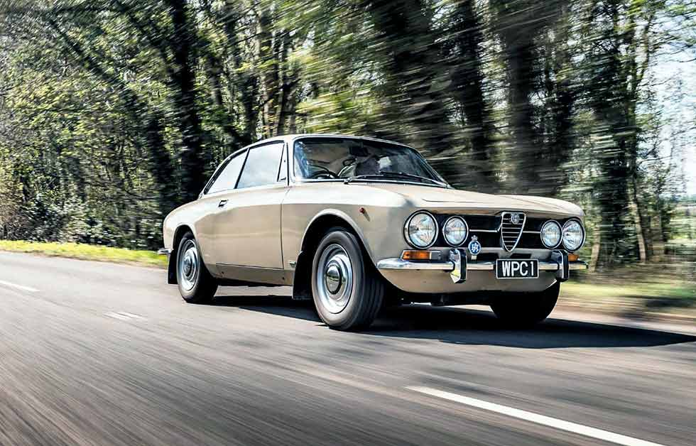 1972 Alfa Romeo Giulia 1750GTV 105-Series