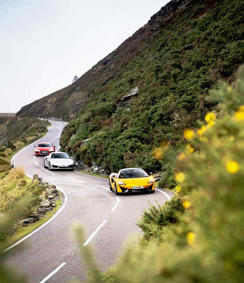 McLaren 570S vs. Audi R8 V10 Plus, Porsche 911 Turbo S 991 and Jaguar F-type R AWD