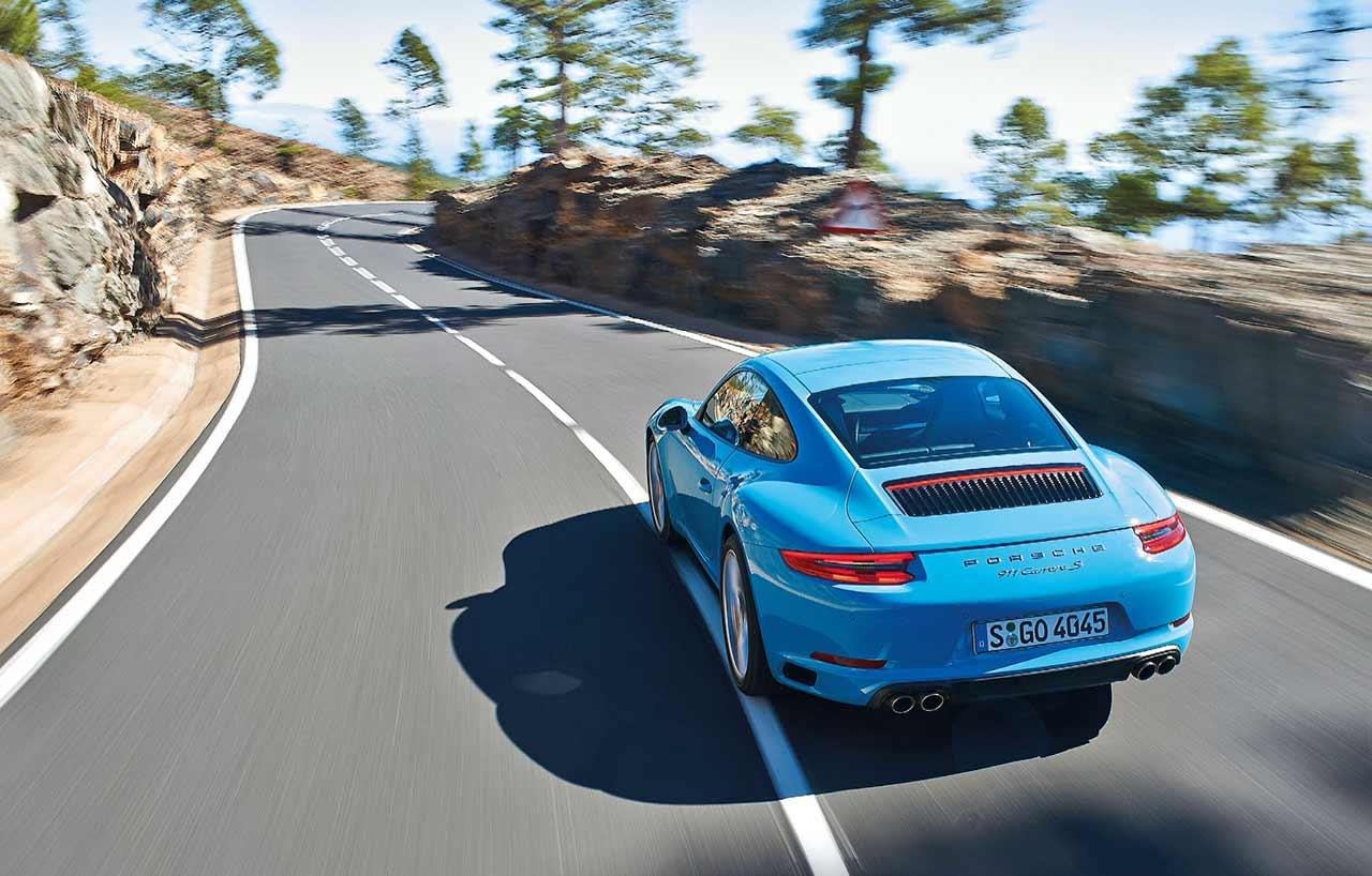 2018 Porsche 911 Carrera S Manual 7-Spd 991.2 road test