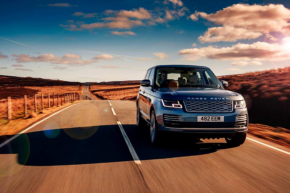 2019 Land Rover Range Rover P400e Plug-in Hybrid L405