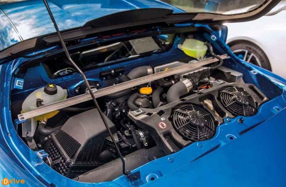 2019 Renault Alpine A110 engine