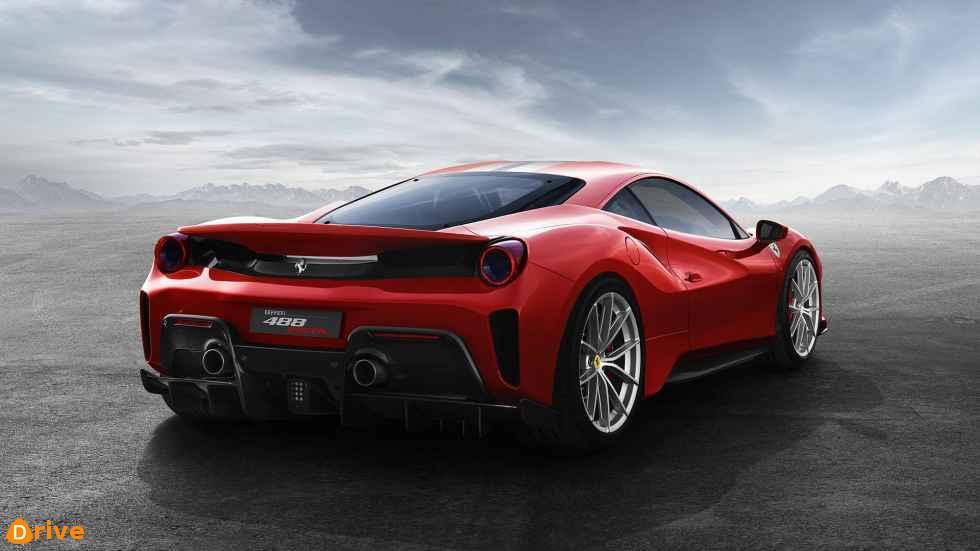2019 Ferrari 488 pista 02