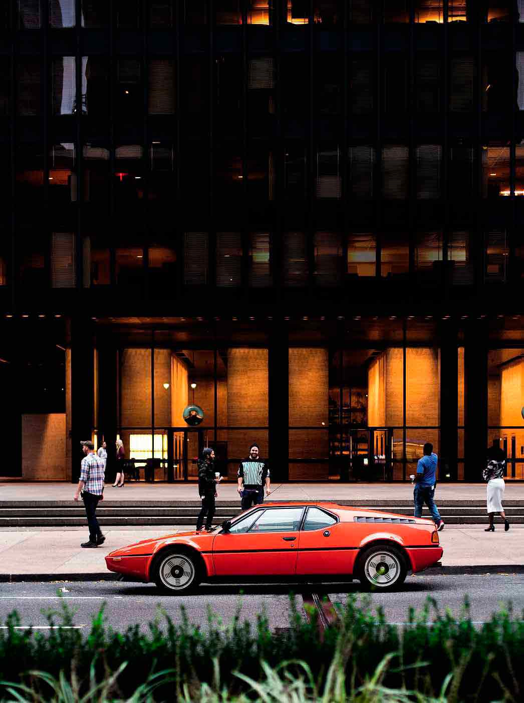 1981 BMW M1 E26 on New York's streets driven