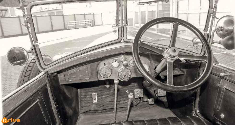 1924 Diatto Tipo 20A Torpedo interior