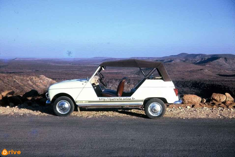 1970 Renault 4 Plein Air side view